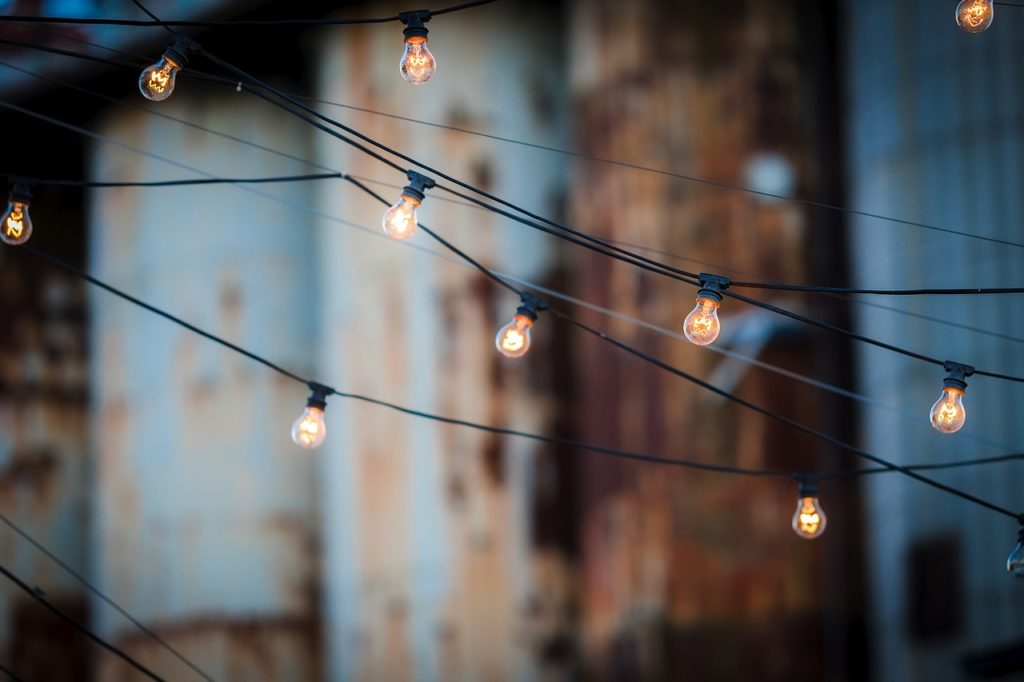 How To Hang Outdoor Christmas Lights From Your Gutters And